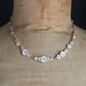 Necklace-Blossom Pod-White_001