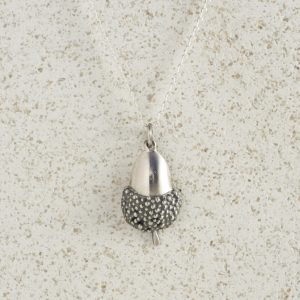 Necklaces-Charm Pendants-Acorn-Large-Silver