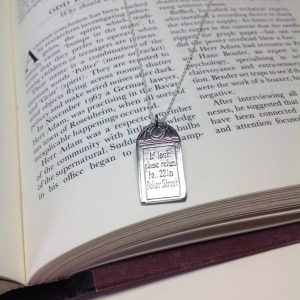 SHERLOCK_IF_LOST_221B_PENDANT