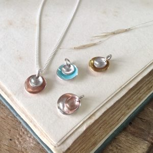 HJ_BESPOKE_BRIDESMAIDS_NECKLACES